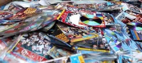 Piratería vs fabricación de CD/DVD, impresión, contenidos y paro